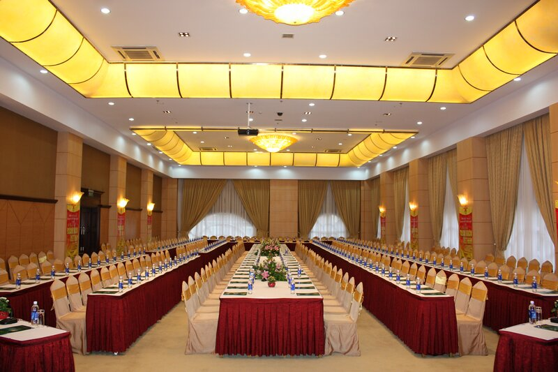 Organizing conferences in Da Lat